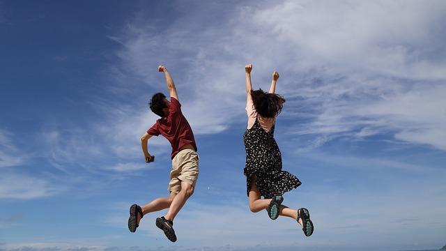 výskok muže a ženy